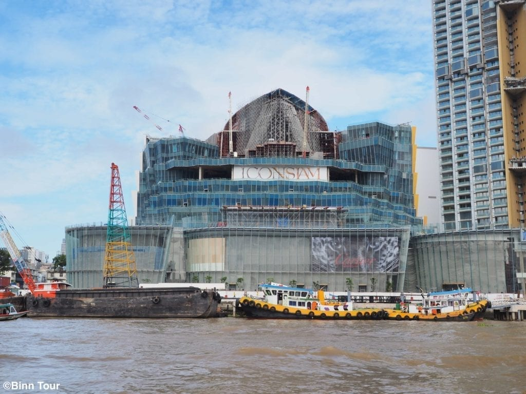 View of the ICONSIAM construction site from the Chao Phraya River